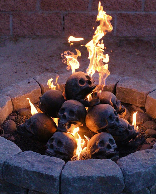 Fireproof human skulls for your gas fireplace, barbeque or fire-pit