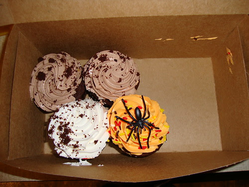 Cupcakes--inlcuding one for Halloween!