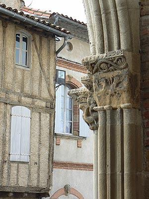 piliers Belpech.jpg