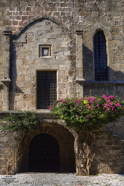 Old town of Rhodes, Greece (by penttja)