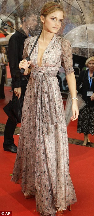 emma watson vintage. Emma Watson in vintage Ozzi Clark. Usually long dresses would dwarf