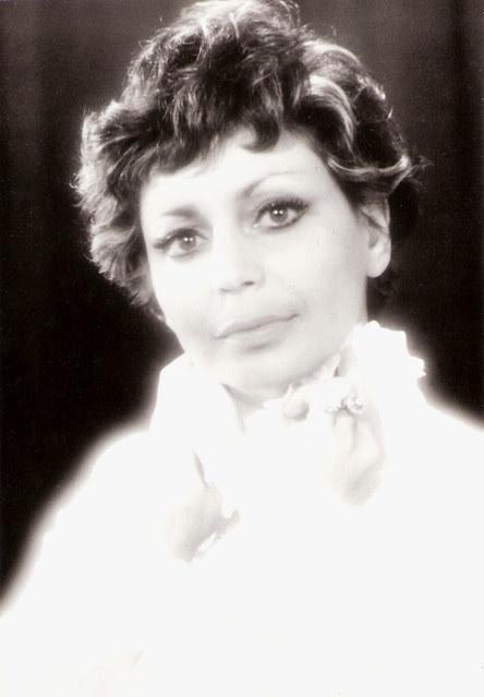 Carmela Corren