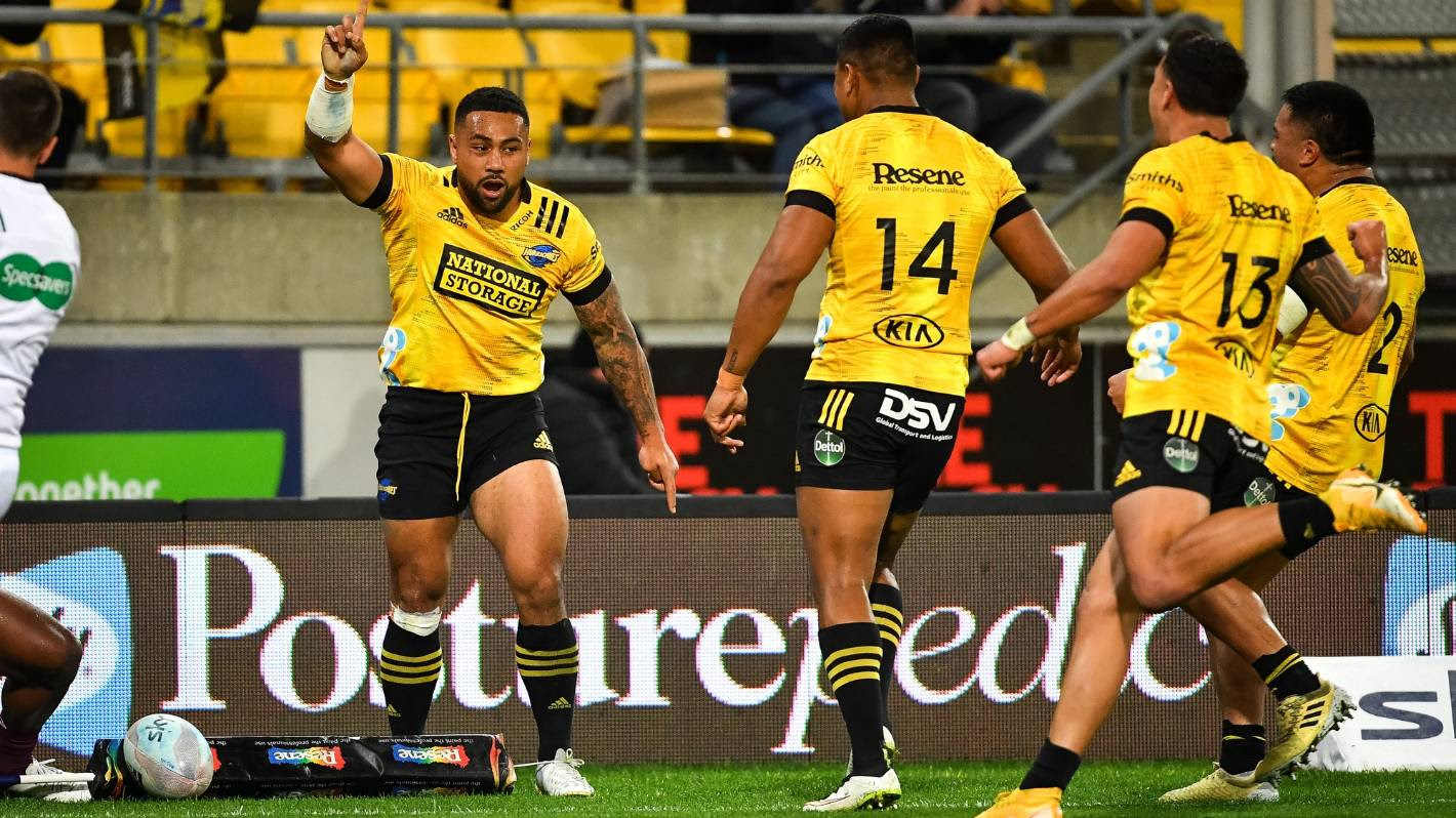 Ngani Laumape scores in last game as Hurricanes keep slim finals hopes alive