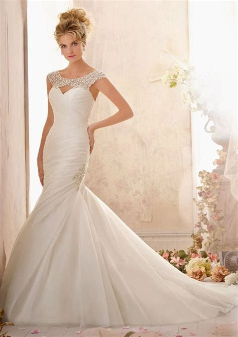 6 best selling bridal and bridesmaid dresses at Shop For