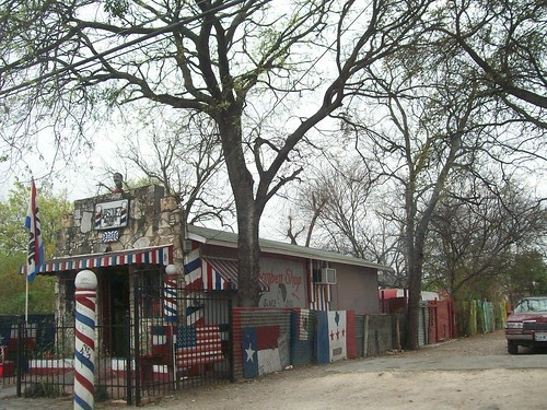 San antonio tx daily photo old school barber shop for H r motors san antonio