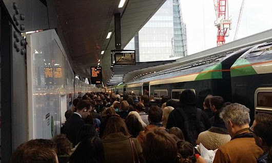 Commuters hit by delays after power failure at London Bridge station