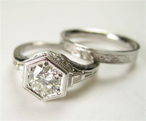 Antique Vintage Engagement Ring in White Gold   Spexton