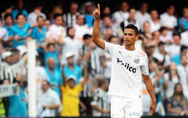 cicero santos gol corinthians paulistão (Foto: Marcos Ribolli / Globoesporte.com)