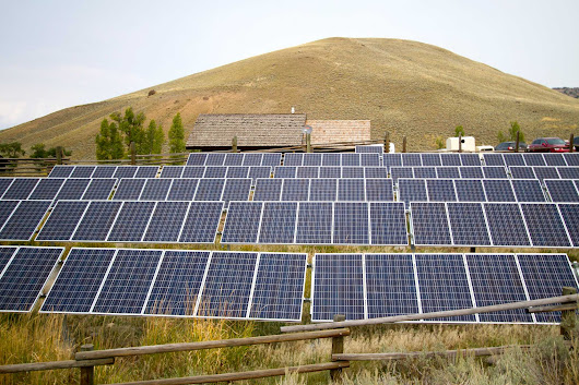 Study: Storing solar power is a bad idea