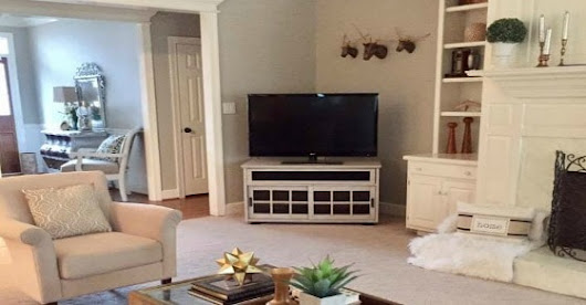 How to Makeover a TV Console
