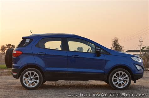 ford ecosport apes  ford kuga    rendering