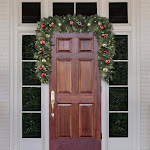 Beaumont Designs 9' Pre-Lit LED Decorated Artificial Garland