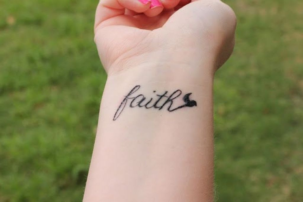 69 Adorable Faith Wrist Tattoos