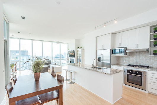 2 Bedroom 2 Bathroom Condo (Downtown Toronto) - Buttonwood Property Management