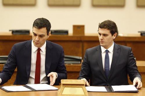 Pedro Sánchez y Albert Rivera firman su acuerdo en el Congreso
