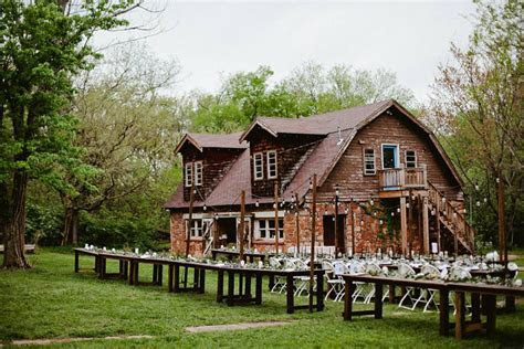 Oklahoma Barn Wedding Venue: The Stone Barn