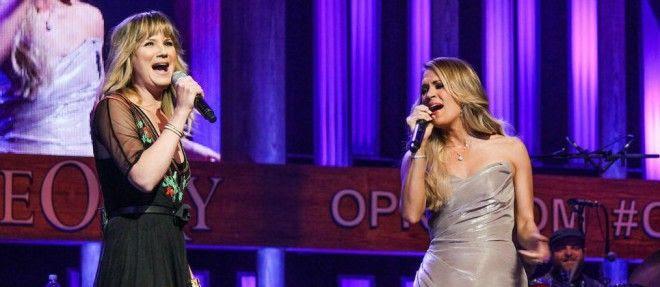Carrie Underwood : Opry (June 2014) photo Jennifer-Carrie.jpg