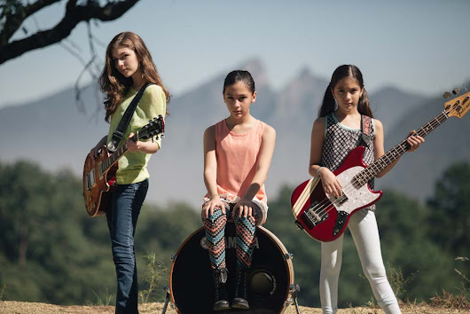 "Three Young Mexican Girls Covered ""Enter Sandman"" and Blew Our Minds"