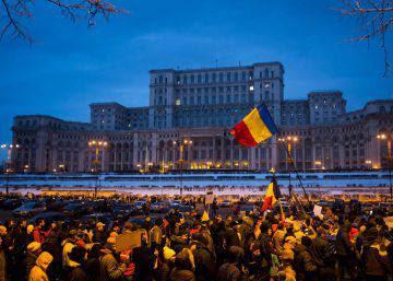 Rumania se harta de los políticos corruptos