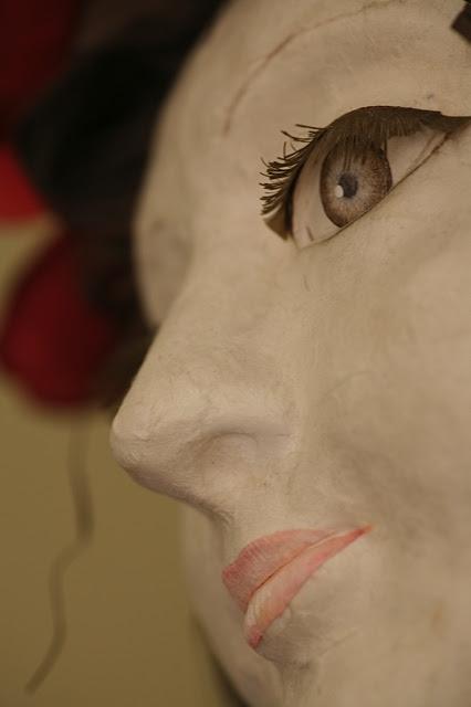paper-sculpture-elizabeth-lyska