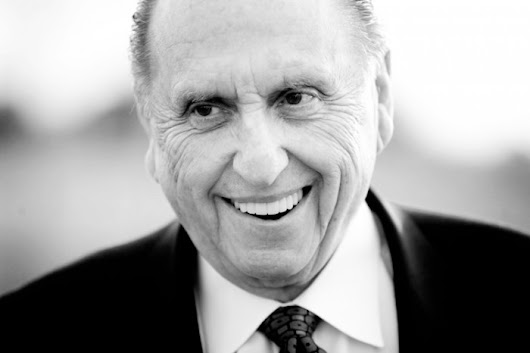 President Monson Officially Joins the Twitterverse, Sends First Tweet