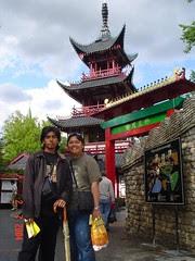 Chinese-Style Pagoda dalam Tivoli Garden, Copenhagen, Denmark