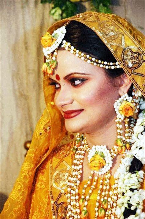 Bridal In Holud   Wedding Snaps .