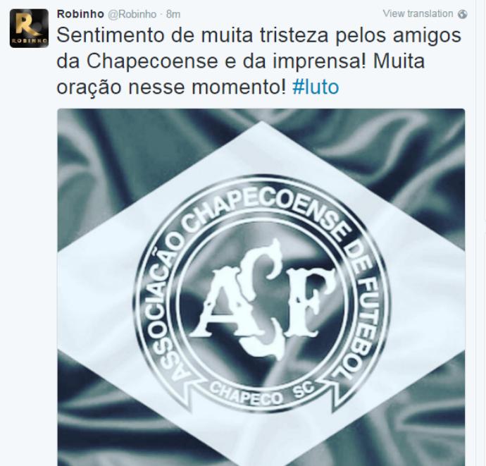 ROBINHO LAMENTA acidente da chapecoense (Foto: Reprodução Twitter)