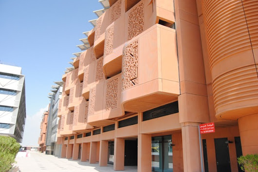 They Call It 'The Most Sustainable Community on the Planet' - Masdar City - Tairo