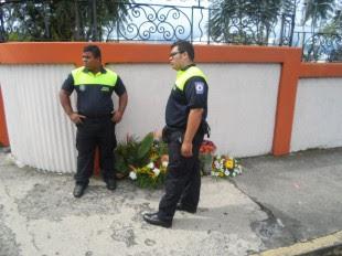 Decomisan flores por venta ilegal en las afueras del Cementerio Obrero