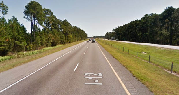 The witness first noticed a chrome object in the sky stationary about 1,000 feet above the next interstate exit along I-12 near Mandeville, LA. Pictured: I-12 in Mandeville, LA. (Credit: Google)
