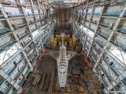 Abandoned Ship: Spacecraft Discovered in Huge Derelict Hangar
