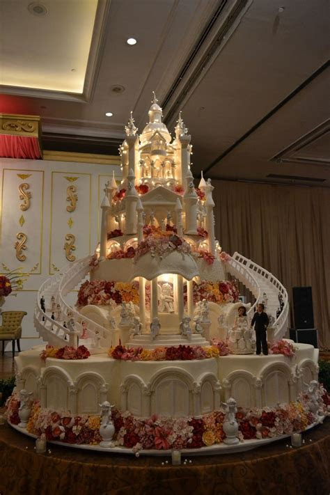 22423 best images about Cakes on Pinterest   Wedding cakes