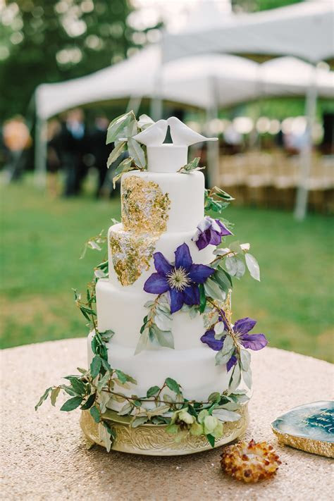 Natural Wedding Cake With Vines and Metallic Accent
