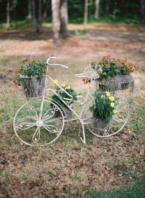 How To Incorporate Bicycles Into Your Wedding Decor: 25