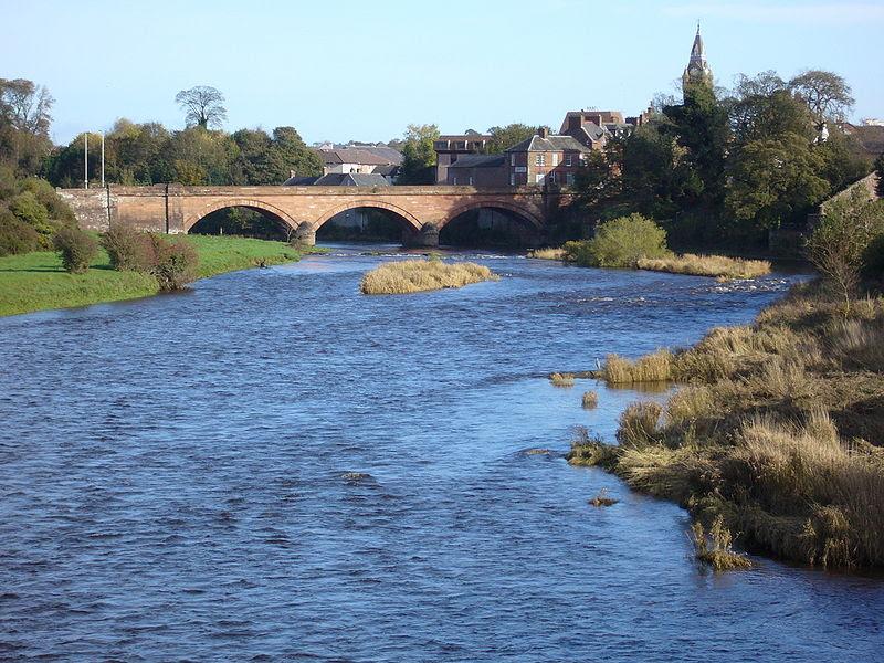 File:Annan river bridge - Oct 2006.JPG