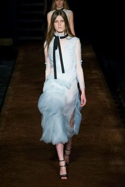 Wedding Dress Ideas From London Fashion Week   WeddingElation