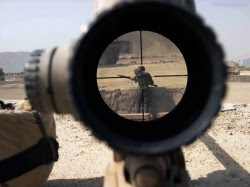 275569_Papel-de-Parede-Na-Mira-do-Sniper_1600x1200