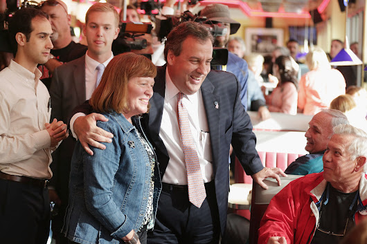 Leader or bully? Ebola response gives Chris Christie new attention