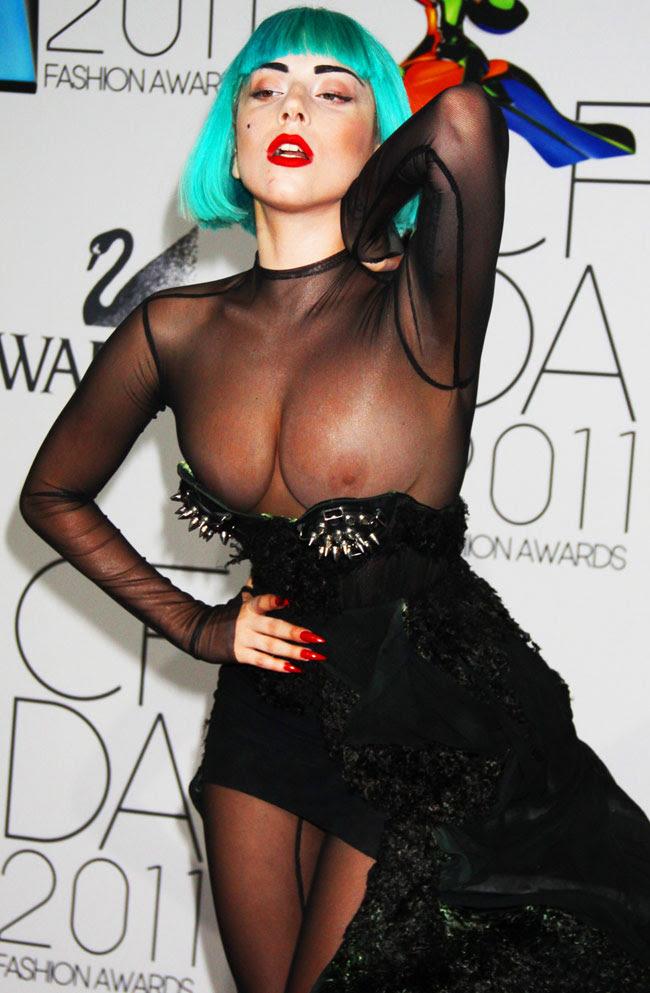 Lady Gaga no Cfda Awards at Alice Tully Hall em Nova York (foto: John Barrett / Globe-Photos)