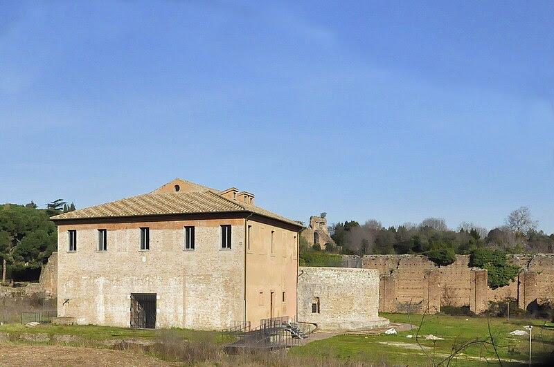 File:Rome Mausoleum van Romulus 13-01-2011 12-44-07.jpg