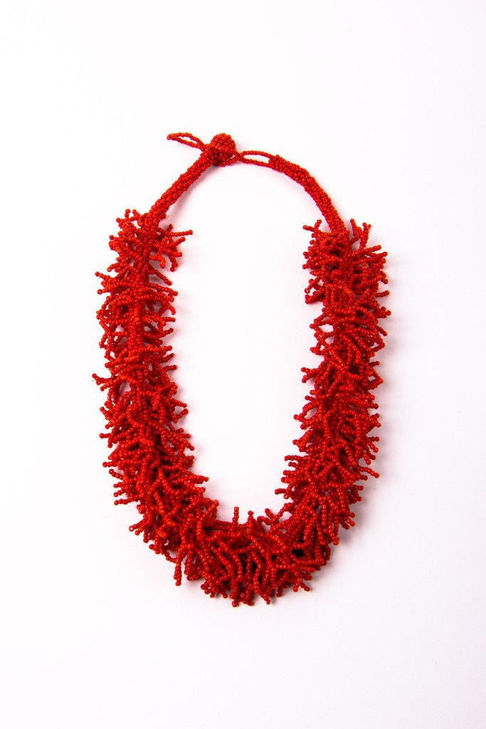 i love this beaded coral necklace for summer!