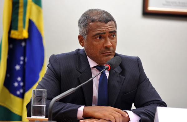 Romário não poupou críticas aos presidente e vice-presidente da CBF e ao novo coordenador de seleções