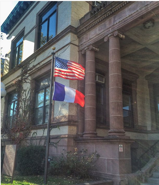 Word on the {Washington} Street: Hoboken Supports Paris; Alba Boutique to Open; Five Years for Work it Out; and Other Hoboken News