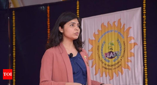 Soumya Swaminathan: Indian chess star says no to headscarf, pulls out of event in Iran | India News - Times of India