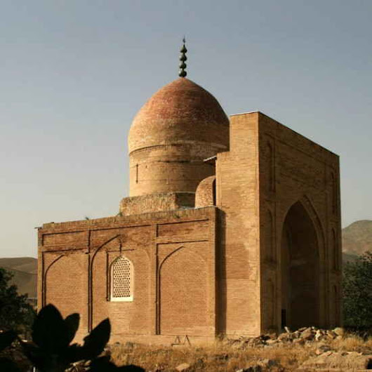 Katta Langar and its Exquisite Mosque and Mausoleum | Caravanistan
