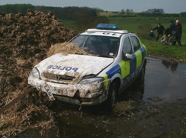 Vauxhall Astra police car in Emmerdale