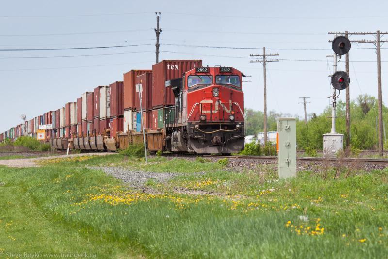 CN 2692 in Portage la Prairie