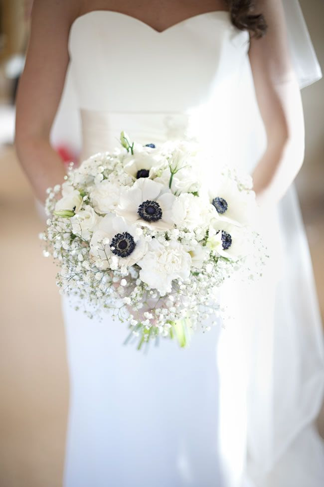 4-of-the-best-white-winter-wedding-themes-daffodilwaves.co.uk  Daffodil-Waves-Photography-Charlotte-&-Alex-Warwick-House283