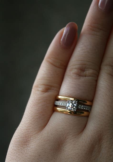Show me your white metal solitaire with yellow or Rose